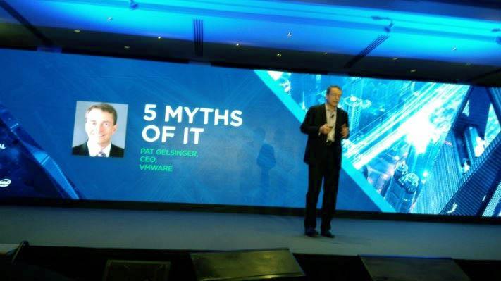 VMware-ingn-menghancurkan-3-mitos-di-IT